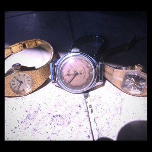 Women's watch lot. Mido, Bulova, Nicolet